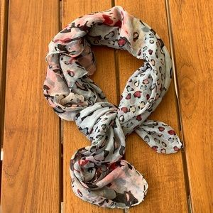 Candie's scarf